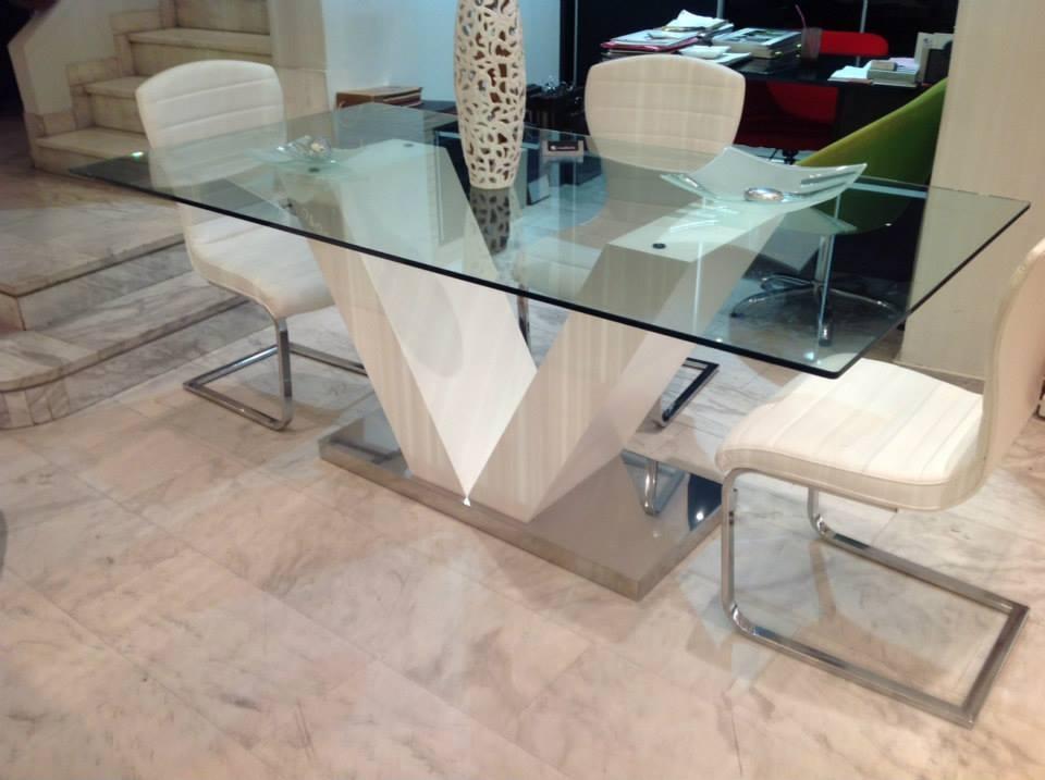 Τραπέζι Νο850